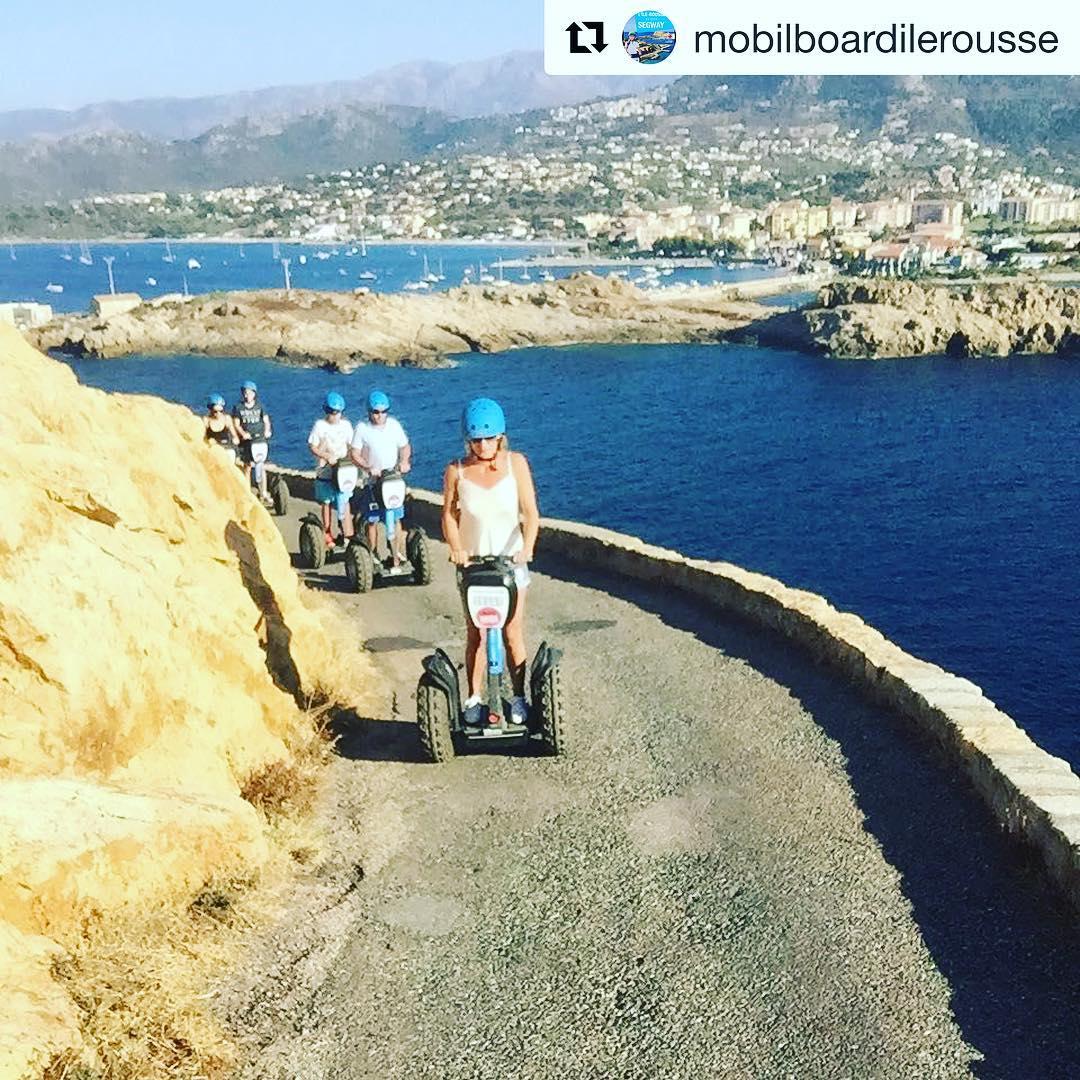 Amazing views from above the coast of Corsica . . @mobilboardilerousse (@get_repost) ・・・ A la découverte des îles et de son phare ...  infos et resas : 0686415492
