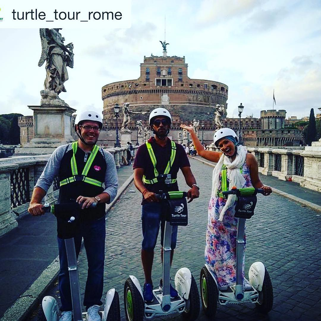 @turtle_tour_rome ・・・ Near the Castel Sant'Angelo during our evening in  www.turtletourrome.com  segwayextreme