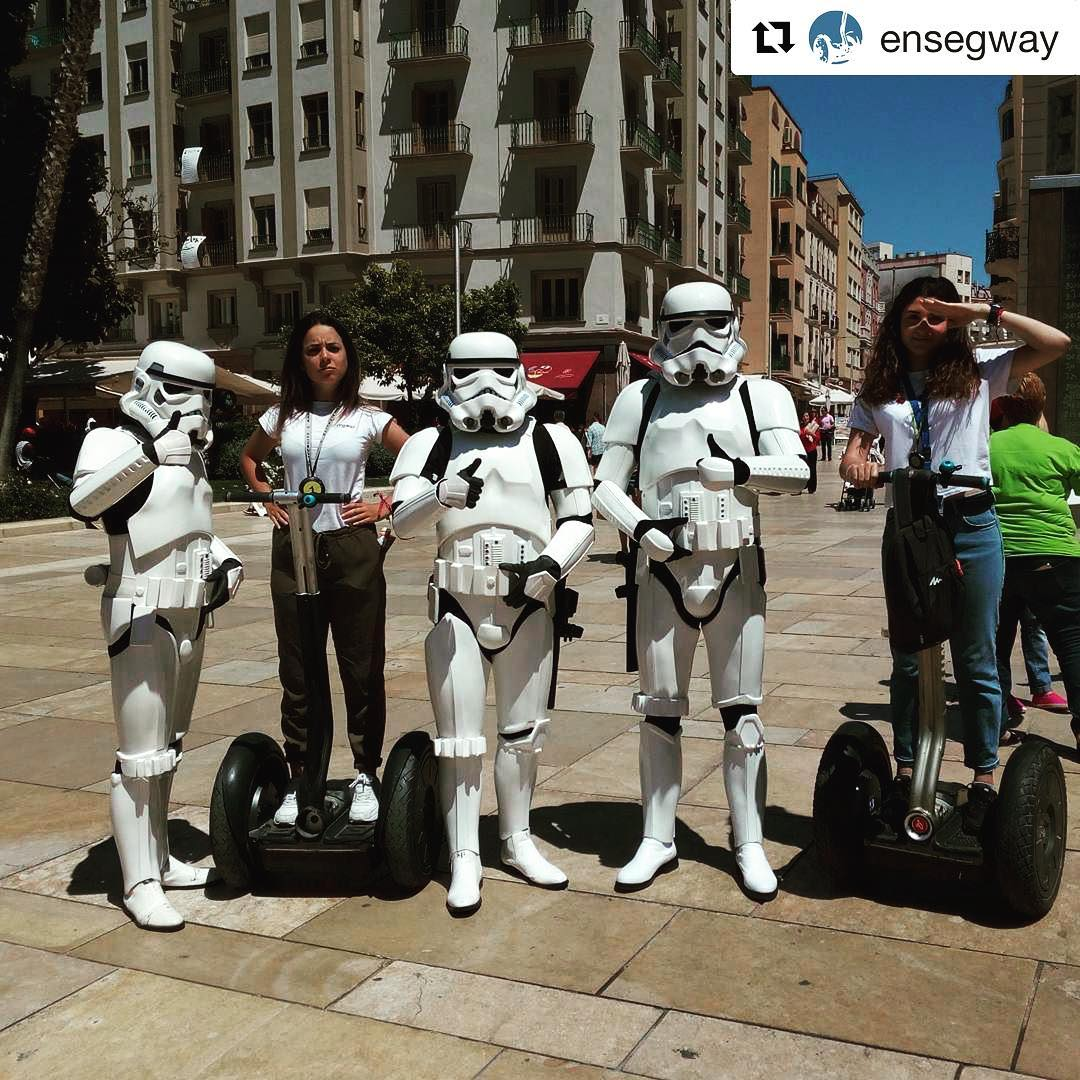 Today's @segwayworldwide sightings with segway guests and famous or unusual characters - storm troopers and gliders . @ensegway ・・・ El lado oscuro se une a nuestras guías de ...
