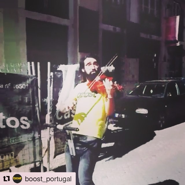 Today's musical interlude while segwaying provided by @boost_portugal . . . @boost_portugal ・・・