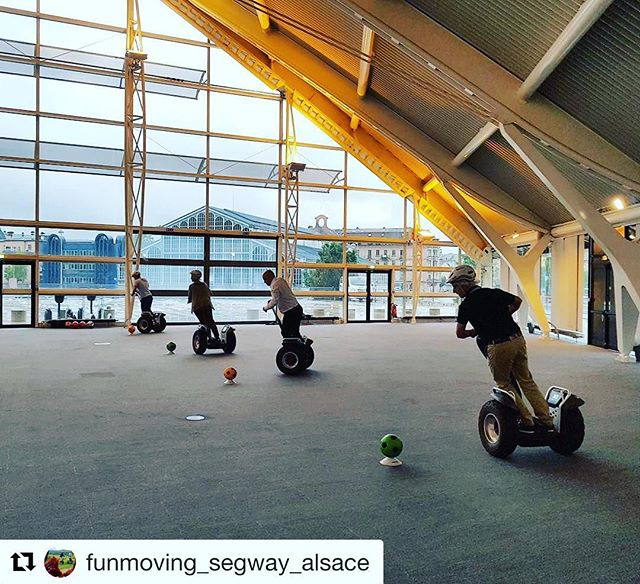 Segway Team building on an obstacle course - this looks like a blast! Segway perfect for this type of event . . .  @funmoving_segway_alsace