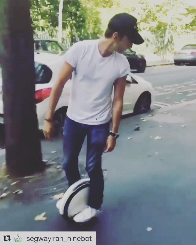 Riding a ninebot one in reverse  in Paris. This guy makes it look easy. Ninebot one tours may be appearing soon in a city near you. . . .  @ninebotfr  Ninebot One in reverse on the streets of Paris France