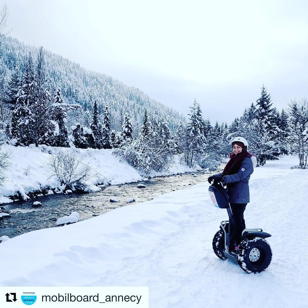 Let's get out into the snow and play Great start to 2018! . . @mobilboard_annecy ・・・  Hello winter ! 🌲 ☃️ .... #️⃣ Vous aussi partagez vos plus belles expériences avec ....