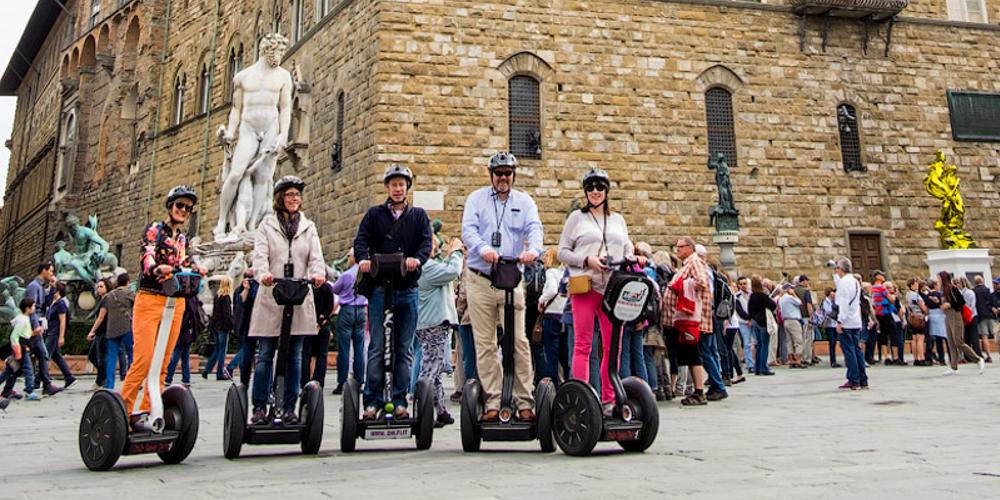 Florence Segway Tour - slide tours 1000x667.jpg