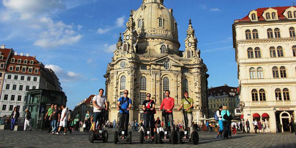Seg-Tour–Segway-Tours–Dresden-Germany_1000.jpg