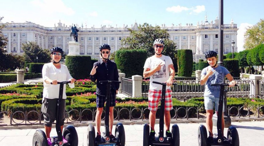 Urban-Movil–Madrid-Segway-Tours_1000.jpg