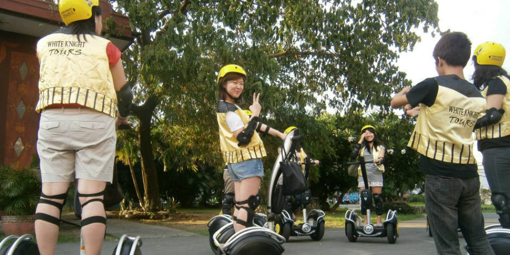 white-night-segway-tours-manila-phillipines-1000.jpg